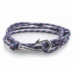 Paracord fish hook bracelet