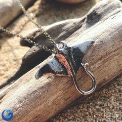 manta ray necklace