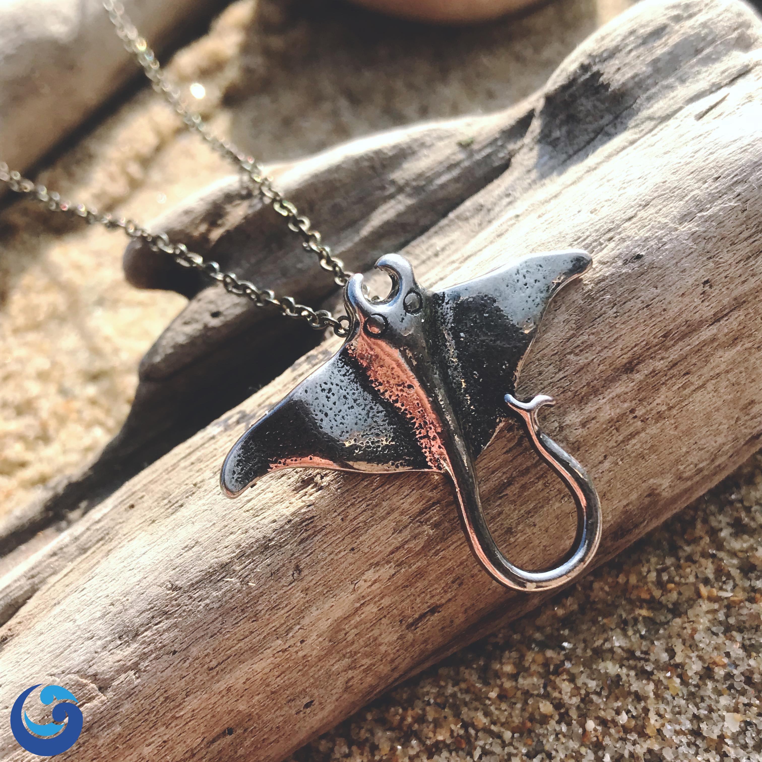manta ray necklace