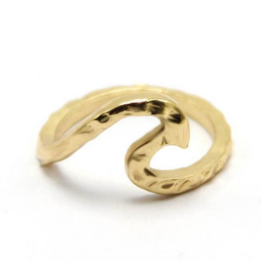 gold hammered wave ring