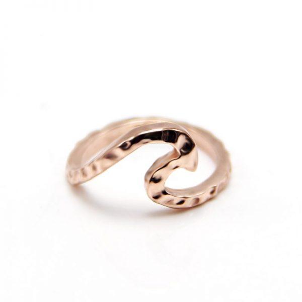 rose gold hammered wave ring