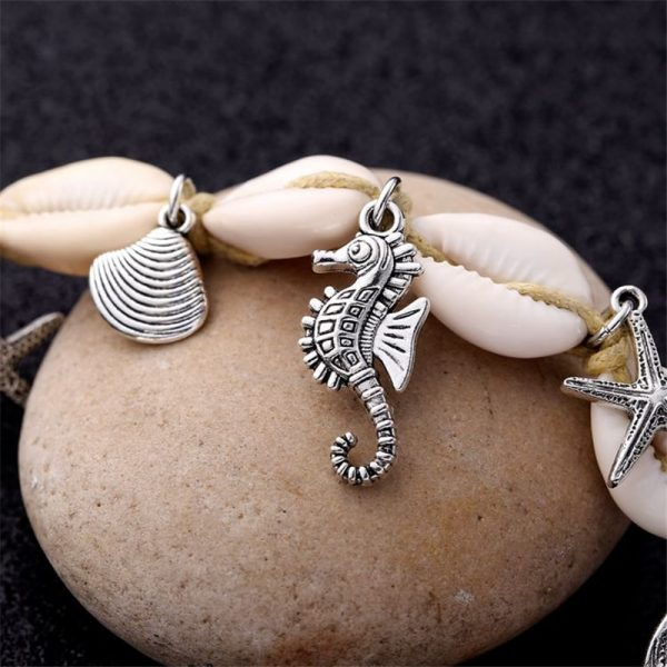 Seahorse and seashell anklet