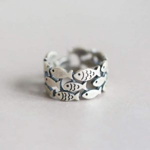 School of fish silver ring
