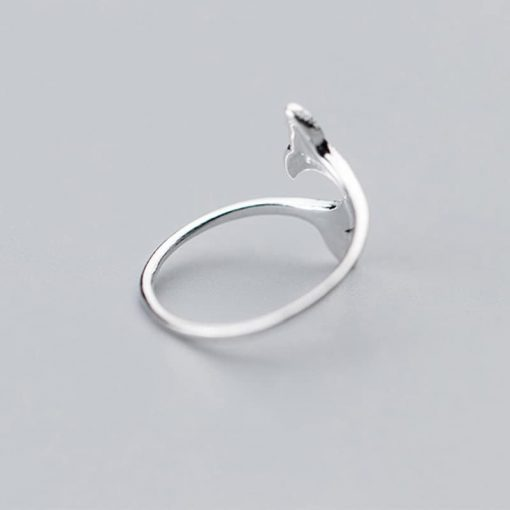 Double whale tail ring