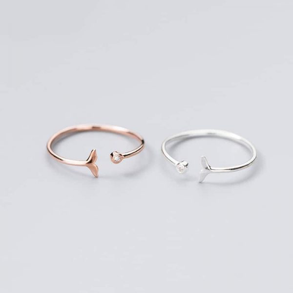 Minimalist whale tail ring