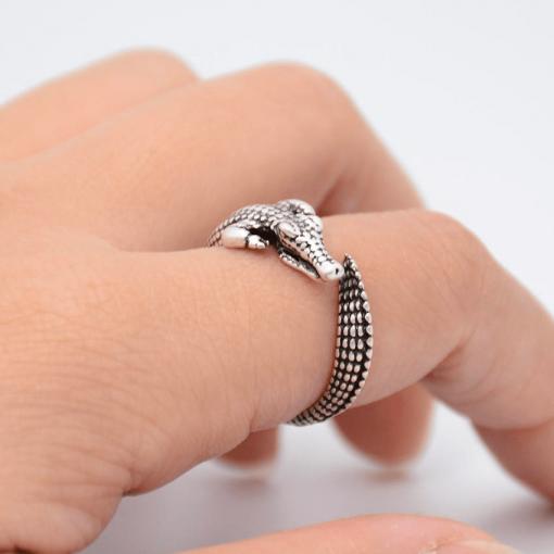 Crocodile Ring