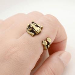 Gold hippopotamus