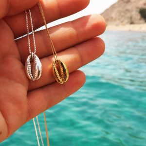 Delicate Cowrie shell necklace
