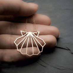 Geometric Seashell necklace