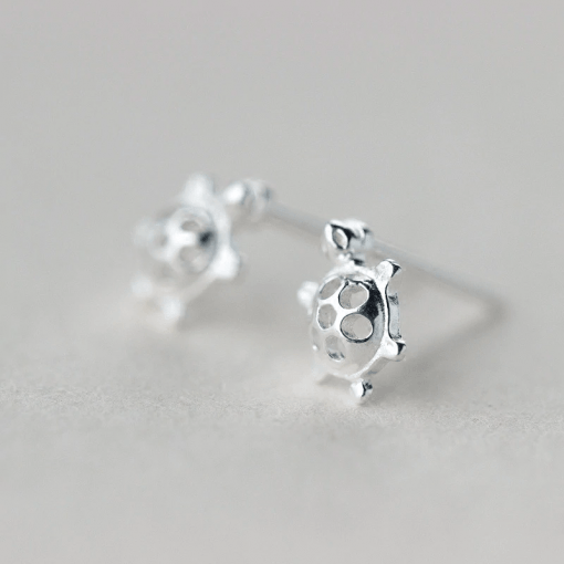 Silver Sea turtle earrings