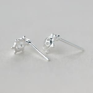 stud sea turtle earrings