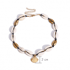Adjustable Gold Seashell necklace