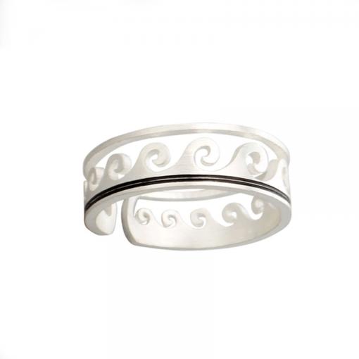 Vintage wave ring