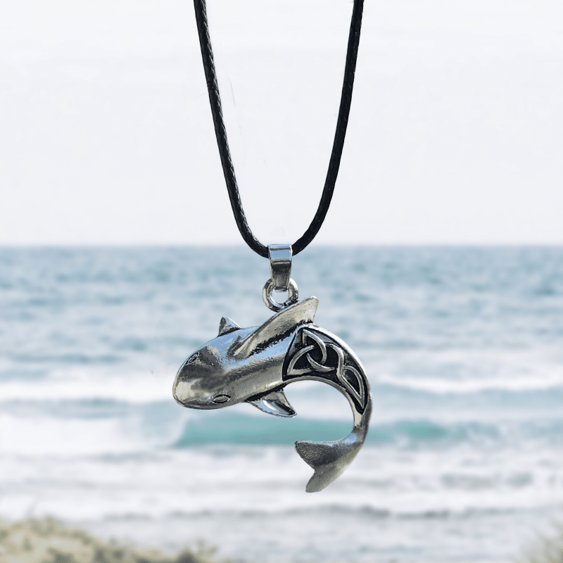 Beachy shark necklace