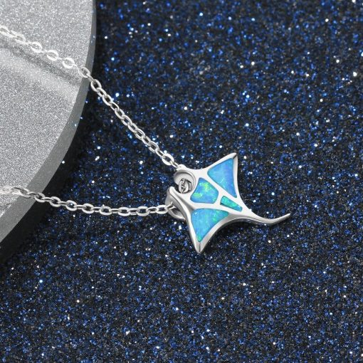 Blue ray necklace