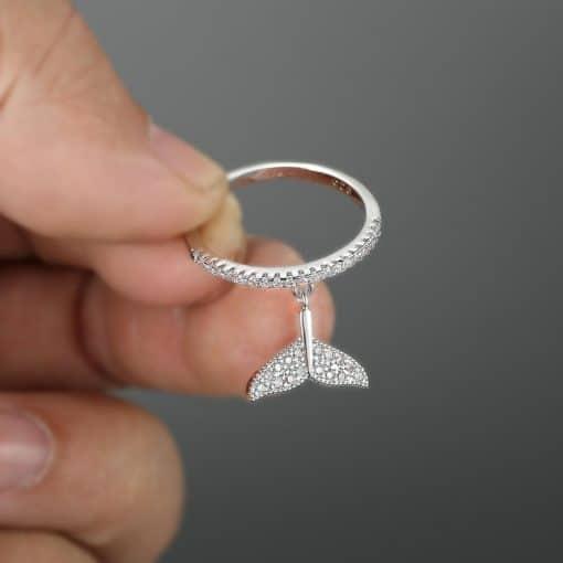 Beluga Tail Ring